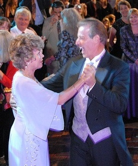 Gary and Mary Young dancing