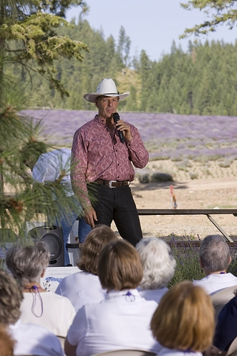 Education is very important to D. Gary Young. That's why he travels to meet with YL members to teach why he insists on essential oil purity through the Seed to Seal process. In this photo he explains how he brought lavender seeds from Provence, France, to start the St. Maries lavender farm.