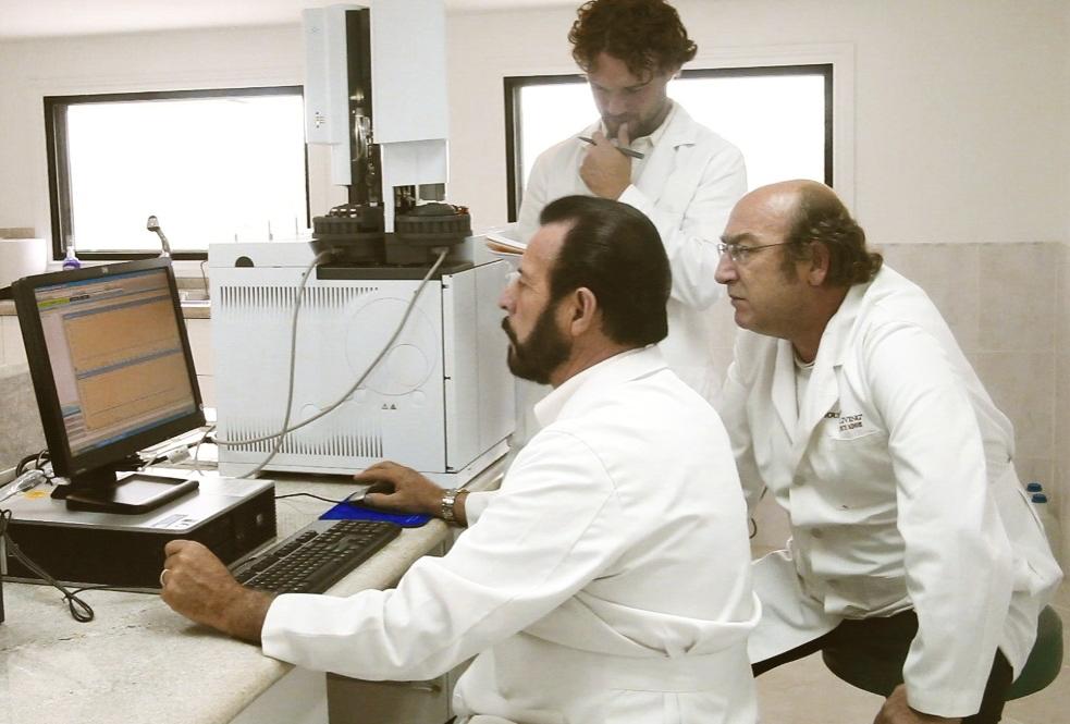 Dr. Hervé Casabianca training Gary Young